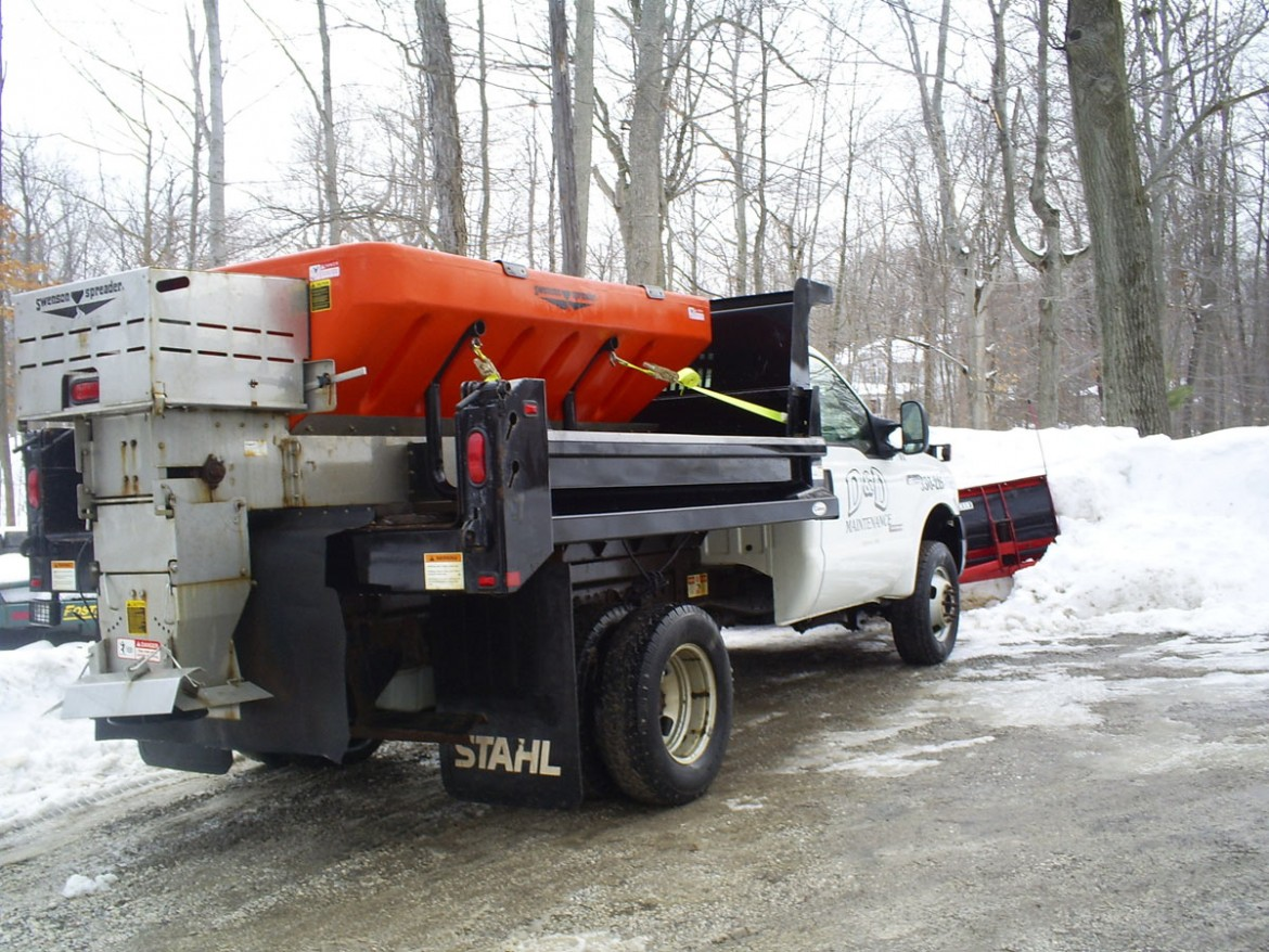 Commercial Snow Plowing Salting, Medina OH 44256