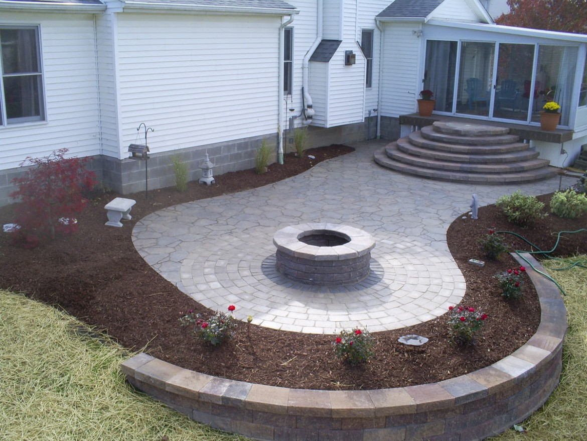 Residential Home Stone Rock & Brick Patio Installation, Medina, OH 44256
